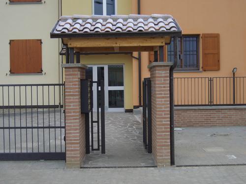 Pensilina copricancello - Cancello porta ingresso ...
