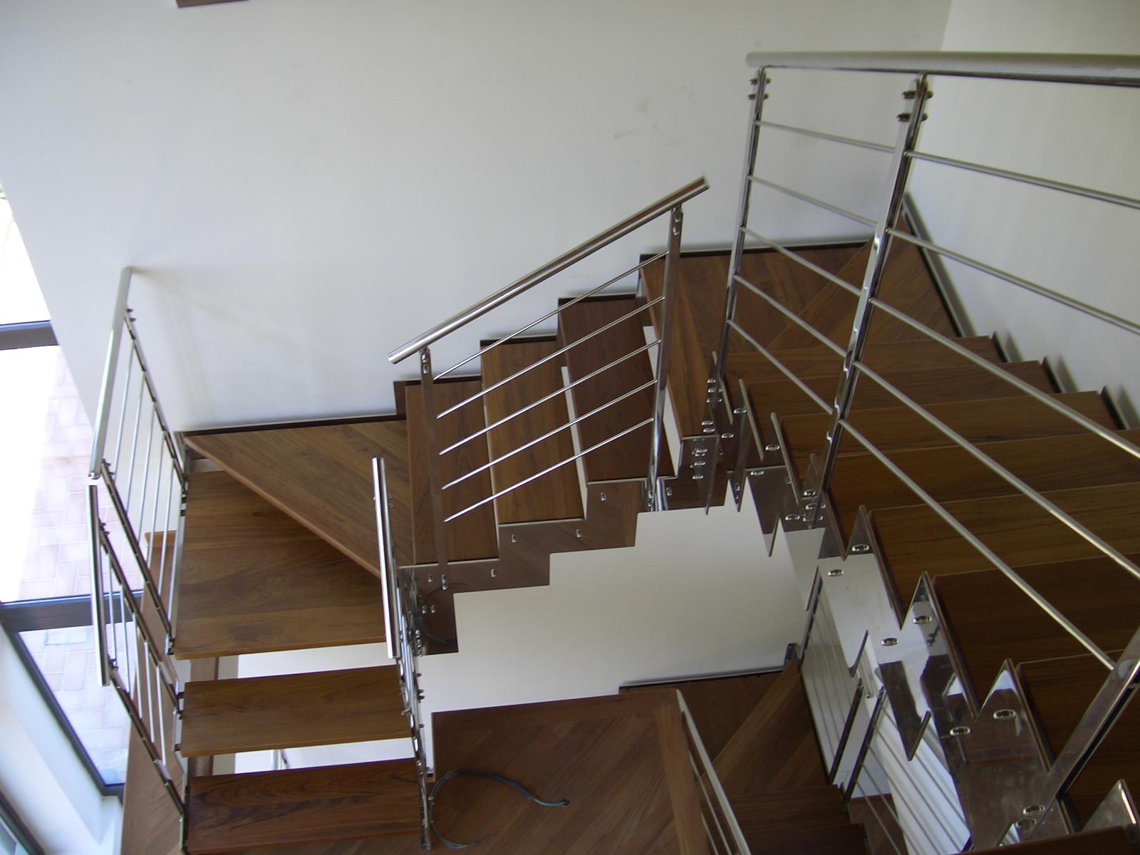 Scala in legno teak for Scala interna in legno